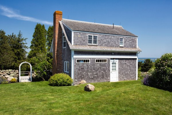 Chilmark Loveys Cottage